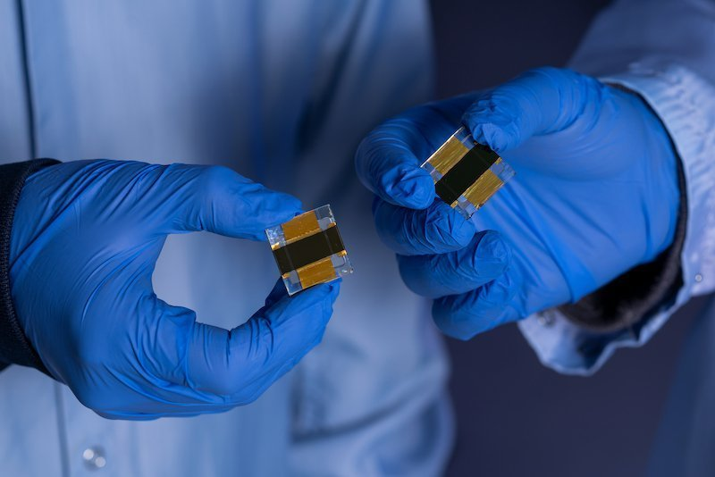 ANU team sets new solar cell efficiency record for perovskite