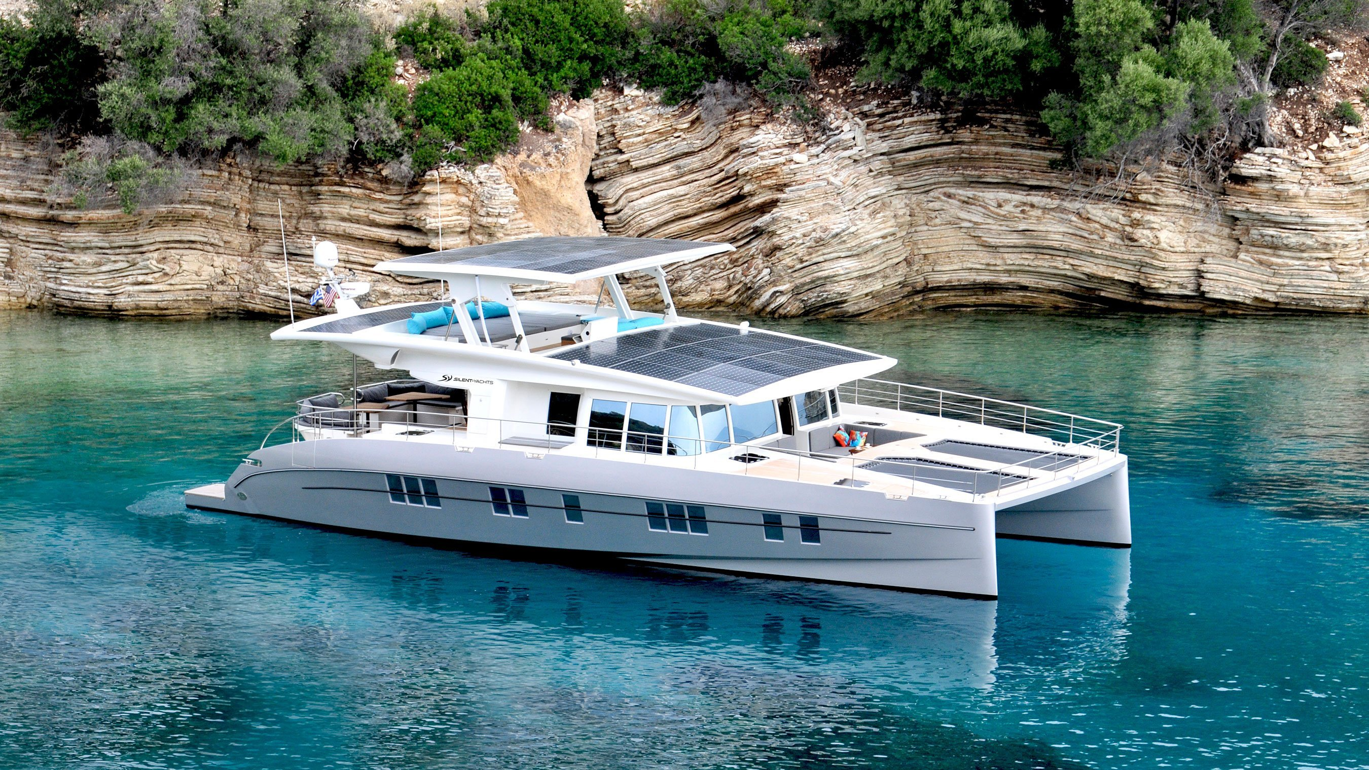 SOLAR POWER MEETS LUXURY CRUISING With Silent Yacht